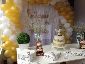 Decoracao-batizado-branco-dourado-cristal-ccs-decoracoes-e-eventos-101