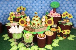 album-com-decoracao-de-festa-de-aniversario-assinada-pela-artista-plastica-cristina-buchain-1395931835998_750x500