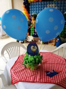Decoração-Galinha-Pintadinha-centro-de-mesa-balao-CCS-Decorações-e-Eventos