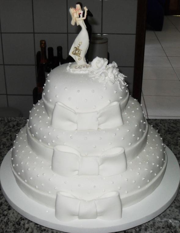 Bolo-de-Casamento (1)