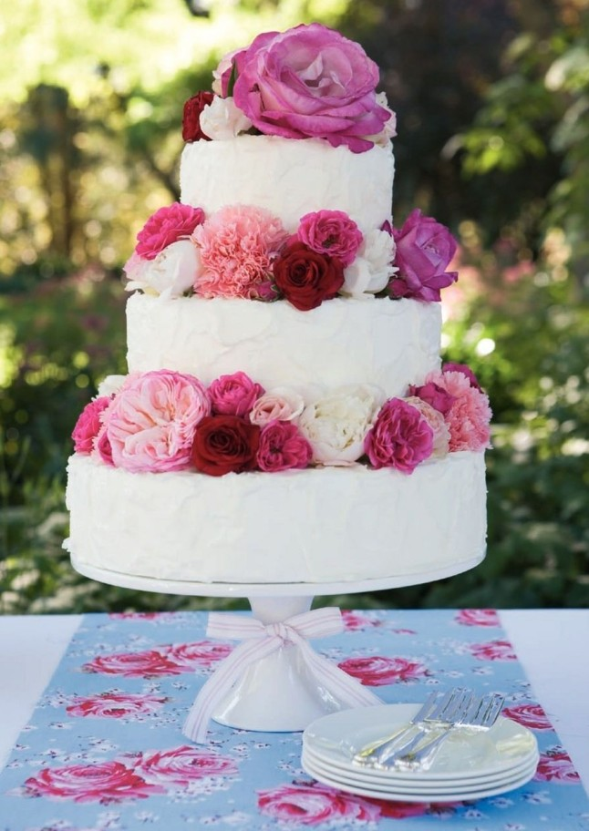 bolo de casamento com flores 2