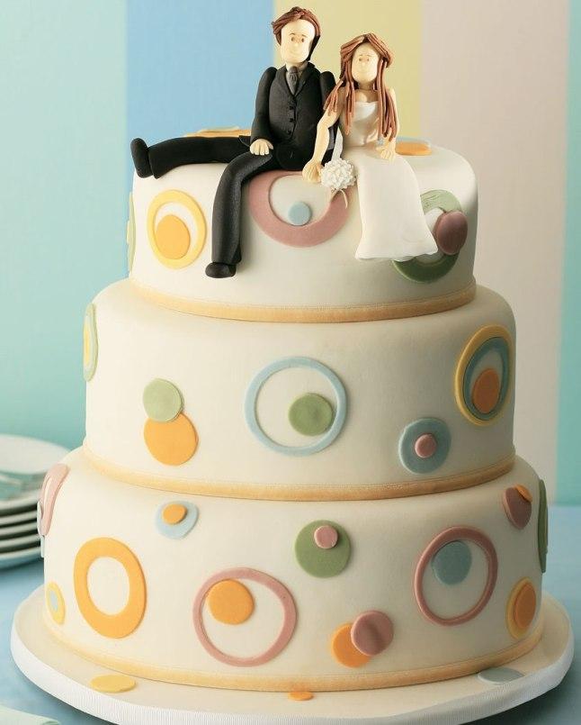Bolo-de-casamento-tres-andares-colorido