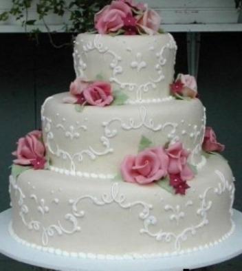 Bolo-de-tres-andares-para-casamento