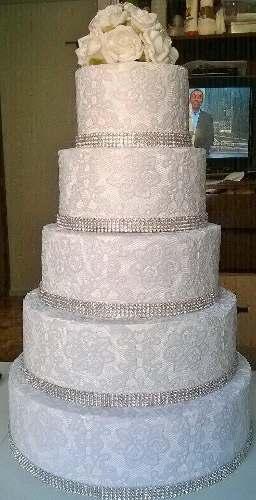 bolo-fake-renda-c-strass-topo-de-flores-casamento-venda-16303-MLB20118133416_062014-O