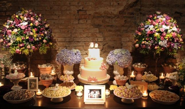 Decoração-casamento-bucólico-mesa-de-doces