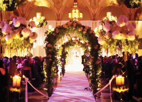 decoracao-de-casamento-com-velas-no-teto
