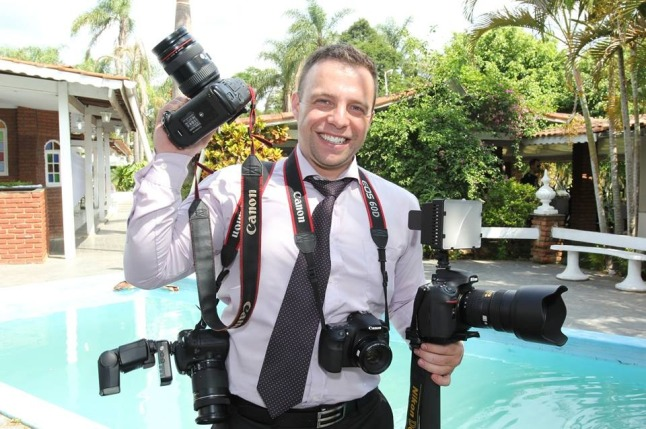 foto-e-video-casamento-cinegrafista-profissional-freelancer-10219-MLB20025762835_122013-F