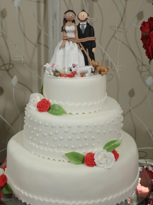 noivinhos-bolo-para-casamento-em-biscuit_modelos