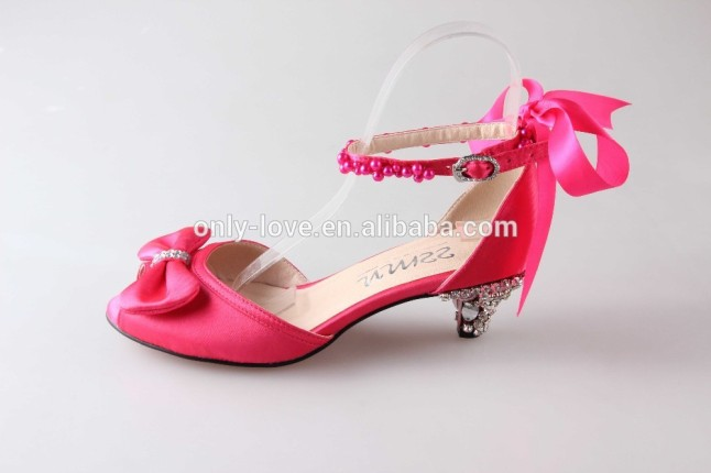 BS891_custom_handmade_bowtie_low_heel_fuchsia