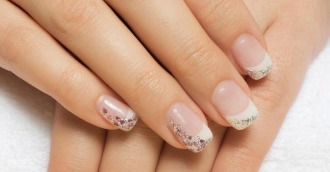 imagem-de-materia-do-casamentoclick-sobre-nail-art-para-noivas-1388164084931_956x500