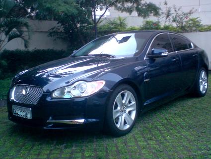 Jaguar_XF_01